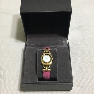 Authentic Gucci watch in box 📦
